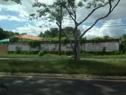 Aluga-se terreno de esquina med. 21X50mts. na av.joao antonio Leitão - piçarreira