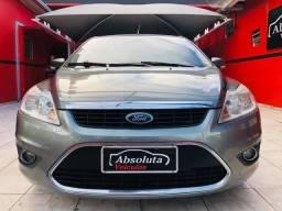 Ford Focus 2011 sedan 2.0 flex + kit multimídia, carro muito novo !!! - 2011