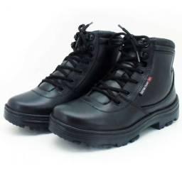 Bota Atron Shoes n° 40 (Pego celular J2 Pro dourado)