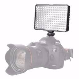 Usado, Iluminador 160 leds Com ajuste de luminosidade e indicador de nível de bateria comprar usado  Rio de Janeiro