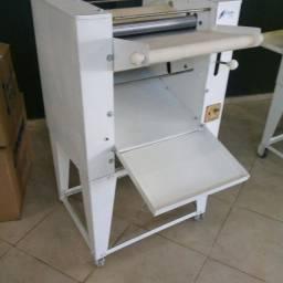Serviço de assistência técnica e reforma em fornos e máquinas para gastronomia