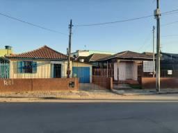 2 casas na Rafael Real em frente à BM Material de Construção