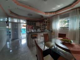 Residencia com Piscina, 4 Qtos, Modulados, Área Nobre