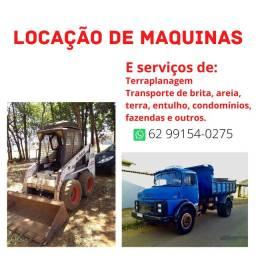Locação de máquinas Bobcat e caminhão toco