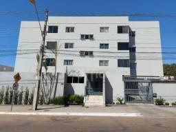 Apartamento com 3 dormitórios para alugar, 68 m² por R$ 1.200,00/mês - Jundiaí - Anápolis/