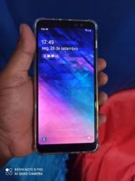 Samsung Galaxy A8+Plus 64 gigas 4 de RAM  com carregador turbo e fone original