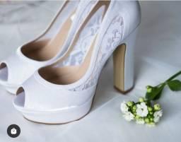 Sandália pro seu casamento.