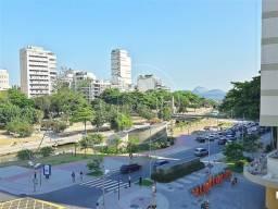 Apartamento à venda com 3 dormitórios em Leblon, Rio de janeiro cod:840909