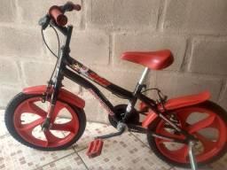 Bicicleta infantil aro 14 (200,00) ótimo estado
