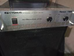Potencia profissional cynus titanio t900 e mesa de som  de 8 canais