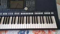 Yamaha Teclado PSR-S975