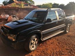 Vendo S10 executive a diesel 4x4 2011 completa