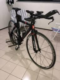 Bike contra relógio Argon 18 E-112