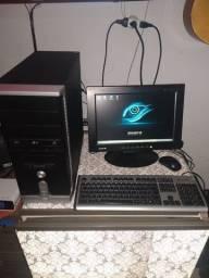 Vende- se Computador