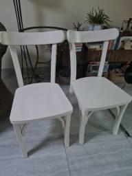 Jogo 4 cadeiras em madeira