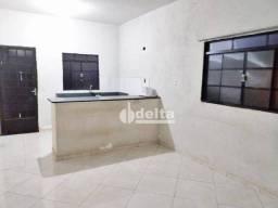 Título do anúncio: Casa com 3 dormitórios à venda, 150 m² por R$ 167.000,00 - Morumbi - Uberlândia/MG
