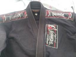 Vendo 2 kimonos Trançados A3 Jiu-Jitsu