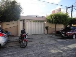 AP0156 - Quitinete de 30 m², Cidade dos Funcionários, Fortaleza.