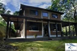 Charmosa casa em Penedo Itatiaia RJ