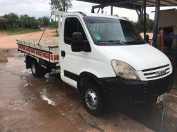 Caminhão Iveco Dayle