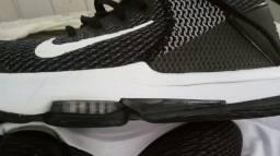 Tenis Nike novo 39/40 original