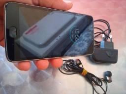 Motorola Moto G5.  ( 32 gigas, com biometria)