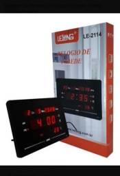 Relógio digital Lelong novo na caixa