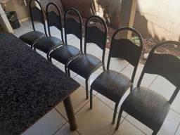 Mesa com 6 cadeiras! Pedra marmore