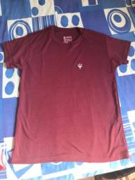 Camisa de marca nova