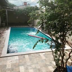 Lindo espaço com piscina quentinha! Eventos e acomodações.