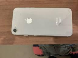 IPhone 8 - Branco - 64 GB