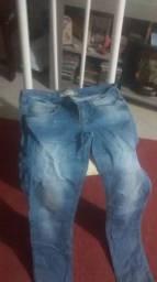 Vendo uma calça Djens usada mas conservada.