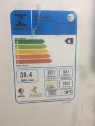 Geladeira Refrigerador eletrolux na embalagen