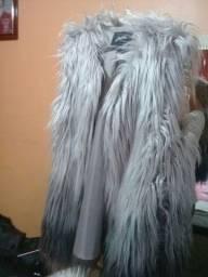 Vende-se casacos e coletes em ótimos estado