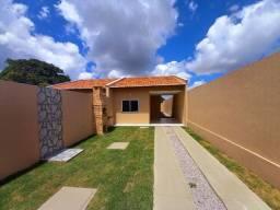 DP casa nova com espaço pra colocar deck e piscina com 2 quartos 2 banheiros