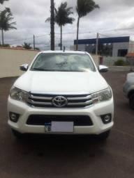 Toyota Hilux Pick-up 4x4 srv 4x4 top de linha muito lindaaa!!!