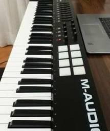 Controlador MIDI M-Audio Oxygen 61