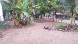 Casa e um terreno