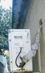 Ar condicionado consul semi novo com controle remoto e suporte