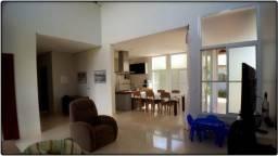 Sobrado 5 Quartos, 334 m² no Condomínio Polinésia - Aceita Permuta