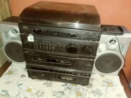 Radio com toca Discos 250.00