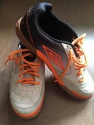 Chuteira de Futsal Umbro Box Nº40 b58413091c95d