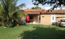 Vende se ou troca casa por sitio na região da capital Cuiabá.