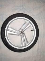 Vendo roda DAELIN tala reta dianteira