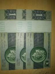 Vende-se três notas de papel de um cruzeiro para colecionadores