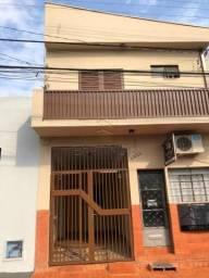 Casa à venda com 3 dormitórios em Centro, Sertaozinho cod:V7154