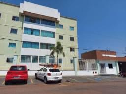 Apartamento com 3 dormitórios para alugar, 65 m² por R$ 800,00/mês - Vila Jaiara - Anápoli