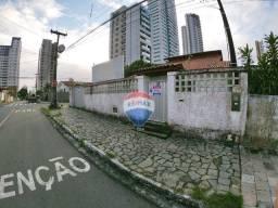 R. 2623 - Casa Para comercio no Jardim Luna 04 Quartos 03 Salões