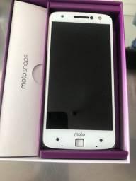 Celular Moto z power xt-1650-03 c defeito