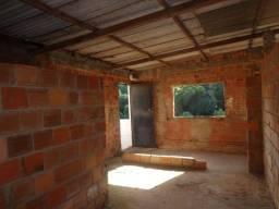 Vendo Casa semi-acabada no Cabula VI. Segundo Andar - Ótima oportunidade